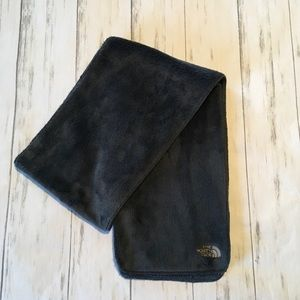 The North Face | Gray unisex fleece scarf NWOT